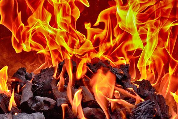 梦见火是什么意思有什么预兆